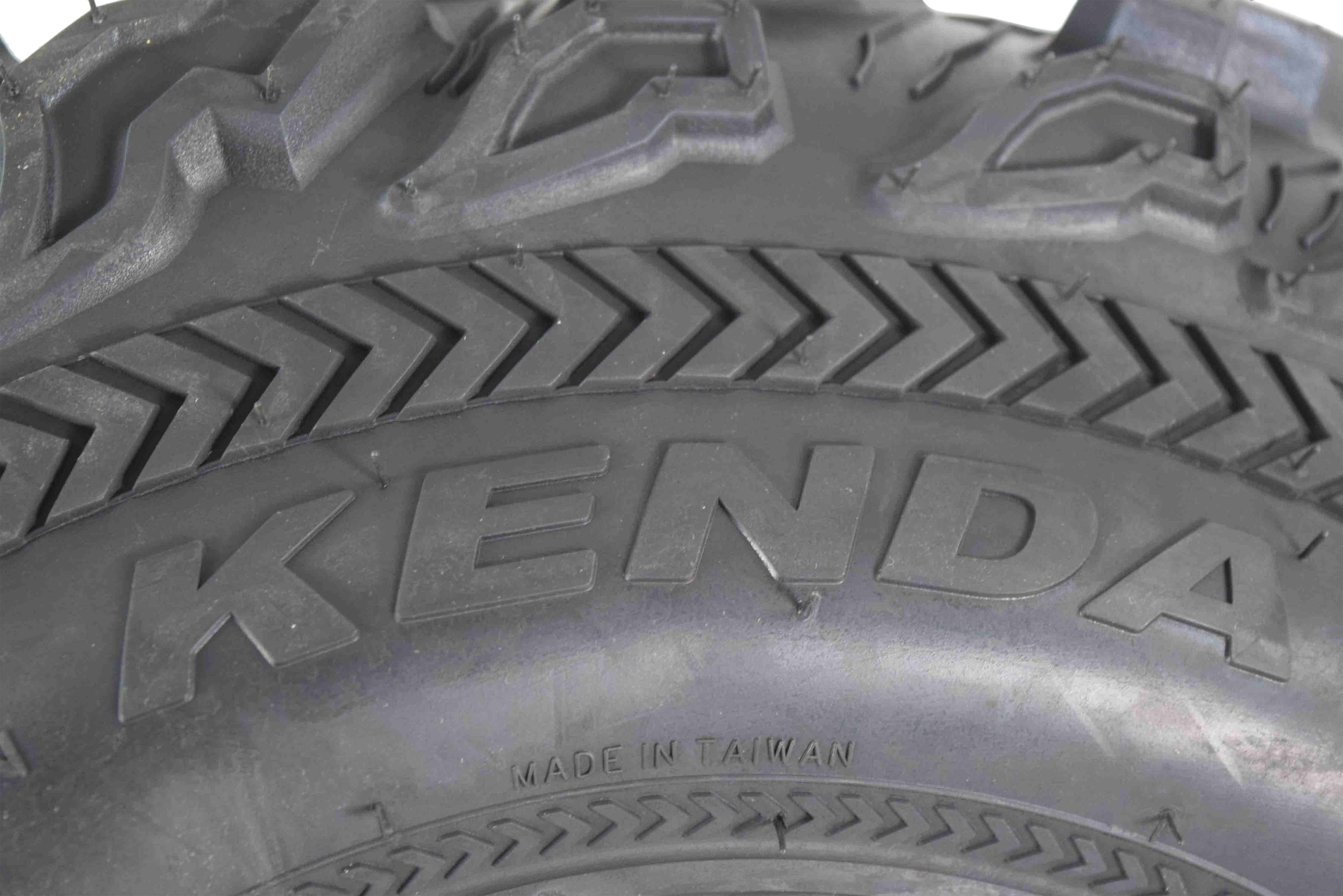 Kenda-Bear-Claw-EX-23x8-10-Front-ATV-6-PLY-Tire-Bearclaw-23x8x10-Single-Tire-image-4